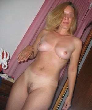 Belle fille à Le Blanc-Mesnil veut rencontrer un partenaire sexuel